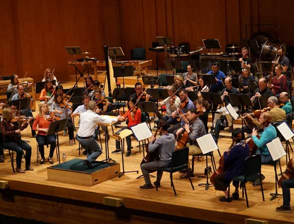 Deseret News – Is it acceptable to wear jeans to a symphony concert? Here's what the Utah Symphony thinks