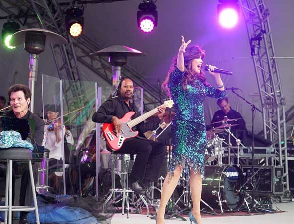 Deseret News – Concert review: Marie Osmond's Deer Valley show proved the stage is her natural habitat