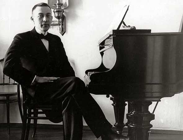 2019-20 Masterworks Series Continues with Rachmaninoff's Rhapsody and Piano Concerto No. 3