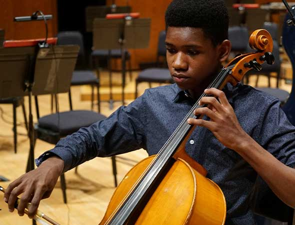 Deseret News – He wanted to come to Utah, but he couldn't get a visa. Here's how this Haitian cellist made it to Abravanel Hall