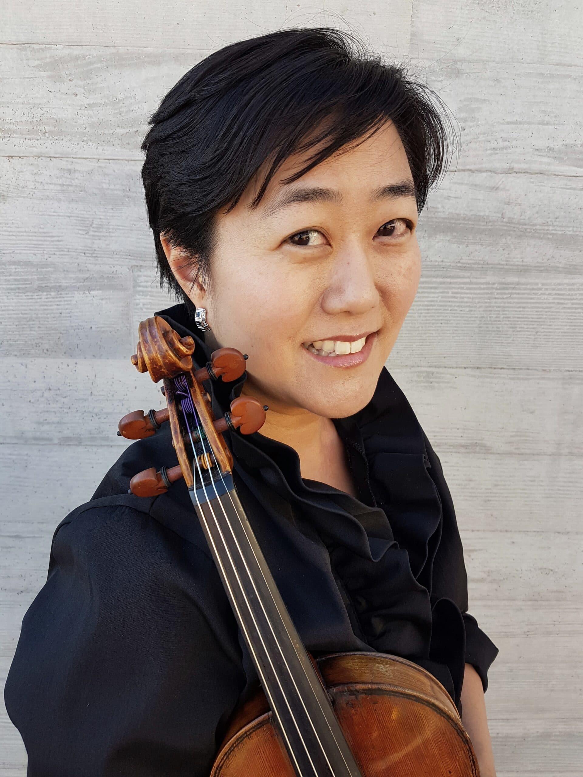 Tina Johnson, violin